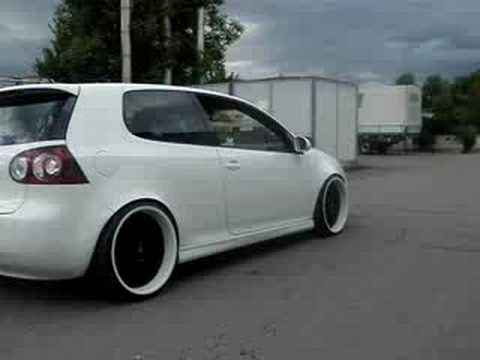 Golf V GTI candywhite in Action